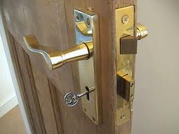 Fr 163 33 Reliable Locksmiths Brighton Locked Out Tel 01273